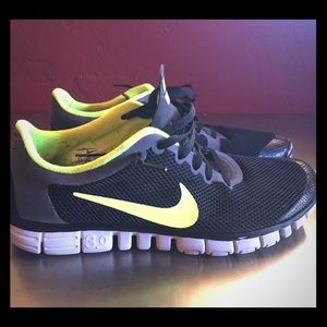Nike Free 3.0 Livestrong Colorway